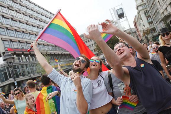 Pipadnici LGBT zajednice traže legalizaciju istopolnih zajednica