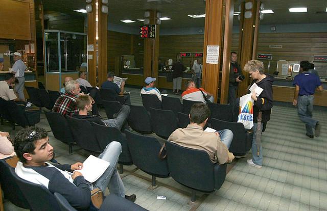 Čekanje u novosadskom MUP-u