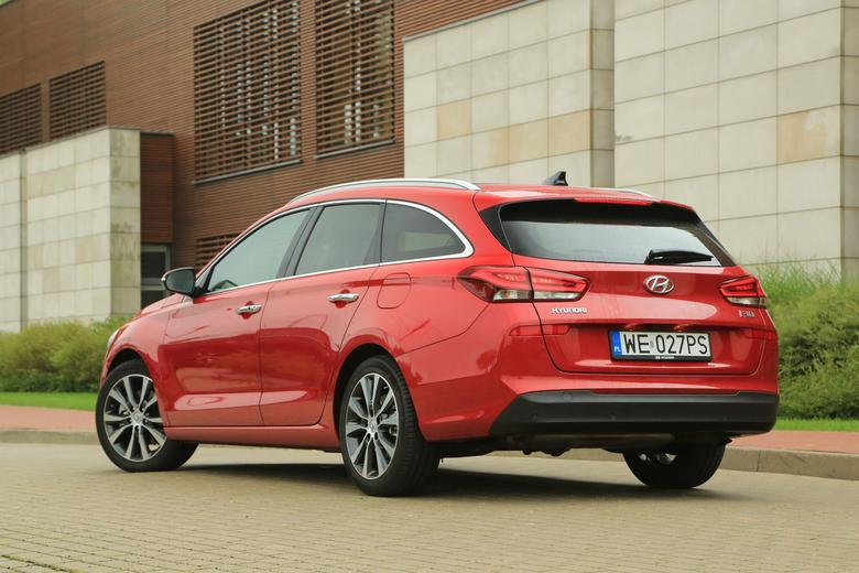 Hyundai i30 Wagon 1.4 T-GDI - sprytne kombi