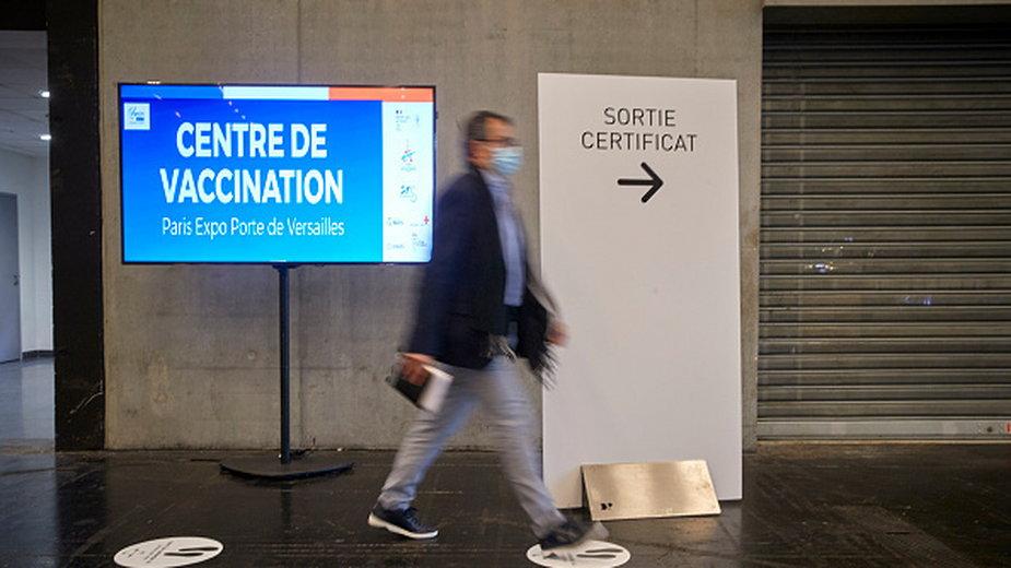 Centrum szczepień w Paryżu