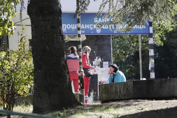 Lekari Hitne ukazuju pomoć sugrađanki