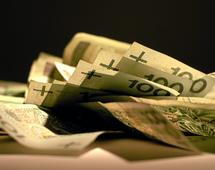 Mężczyźni mają aż 19 mld złotych zaległych opłat