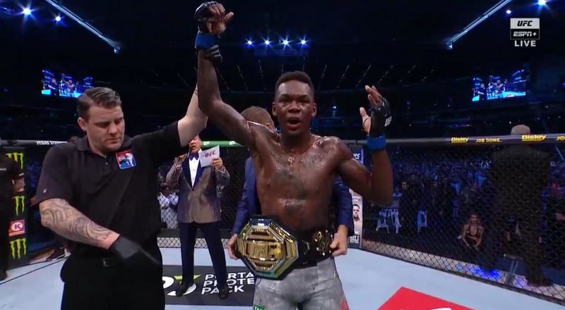 Israel Adesanya beats Robert Whittaker in 2 rounds to become undisputed middleweight champion at UFC 243