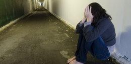 15-latka została zgwałcona i błagała o pomoc. Znów spotkało ją coś strasznego