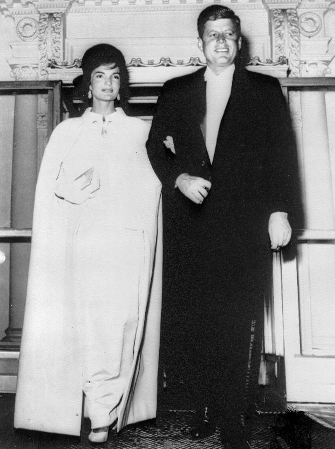 Stil prvih dama Amerike na inauguraciji i inauguracionom balu: Džeki Kenedi i Džon F. Kenedi