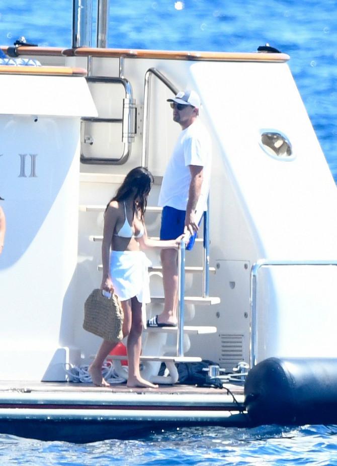 Leonardo DiKaprio sa devojkom Kamilom