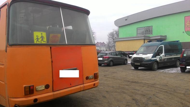 Gimbusy, Autokary