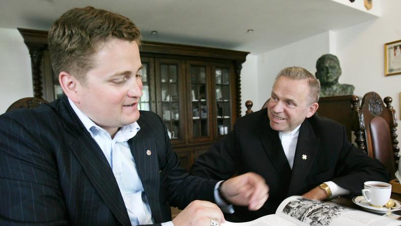 Ks. Jankowski likwiduje swój instytut z powodu skandali z udziałem byłego prezesa Mariusza Olchowika