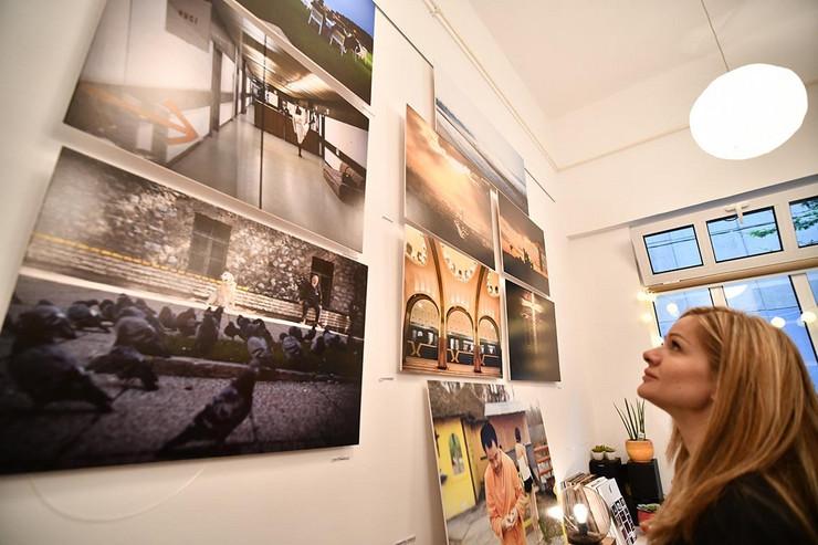 izložba fotografija iz našeg ugla galerija Artcorner