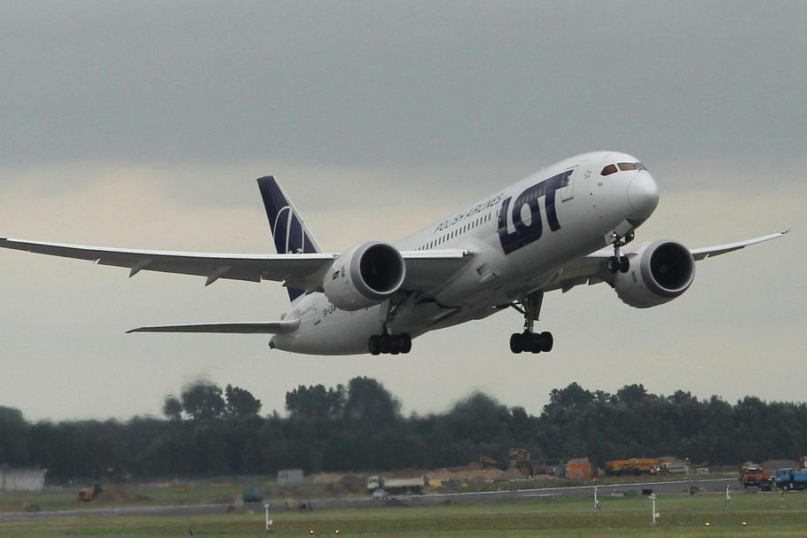 Boeing 787 Dreamliner należący do PLL LOT