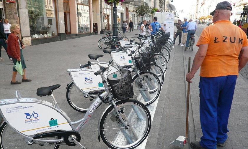 Sprawdź jak działa miejski rower.
