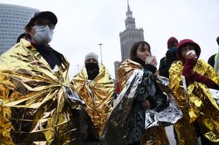 Zakończył się protest Extinction Rebellion w Warszawie. Aktywiści dobrowolnie zeszli z jezdni