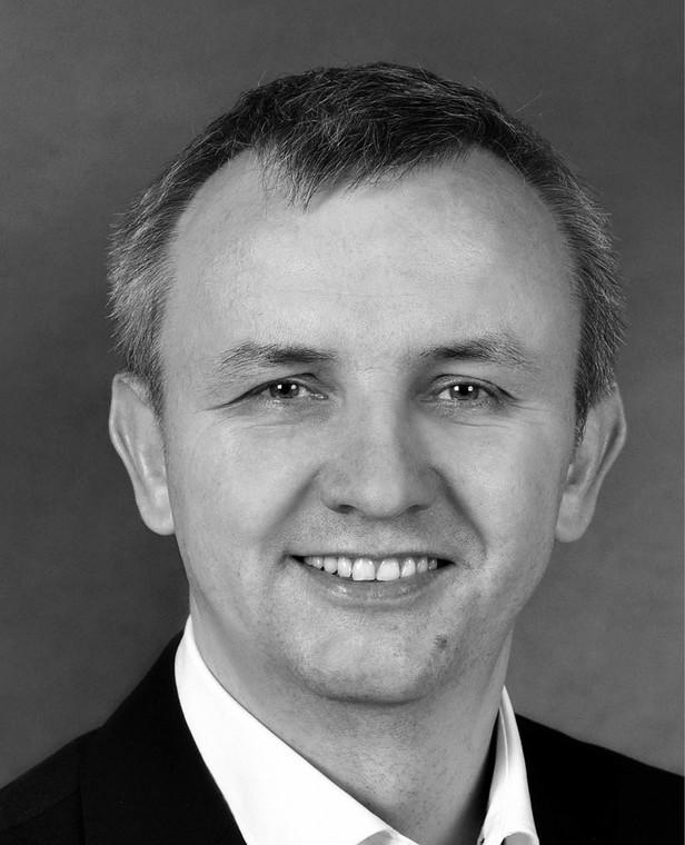 """Mariusz Kanicki makler papierów wartościowych, autor bloga """"Mój Giełdowy Punkt Widzenia""""."""