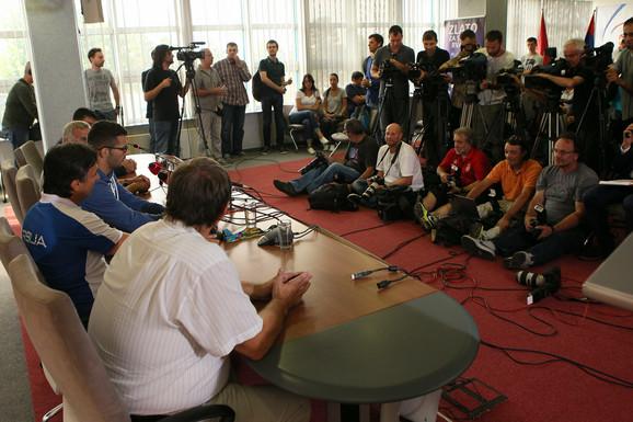 Štefanek pred novinarima