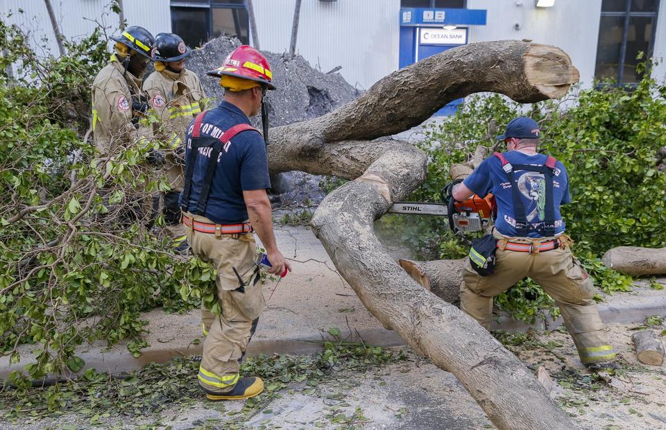 USA: Irma osłabła, ale nadal groźna - ofiary w stanach Georgia i Karolina Płd.
