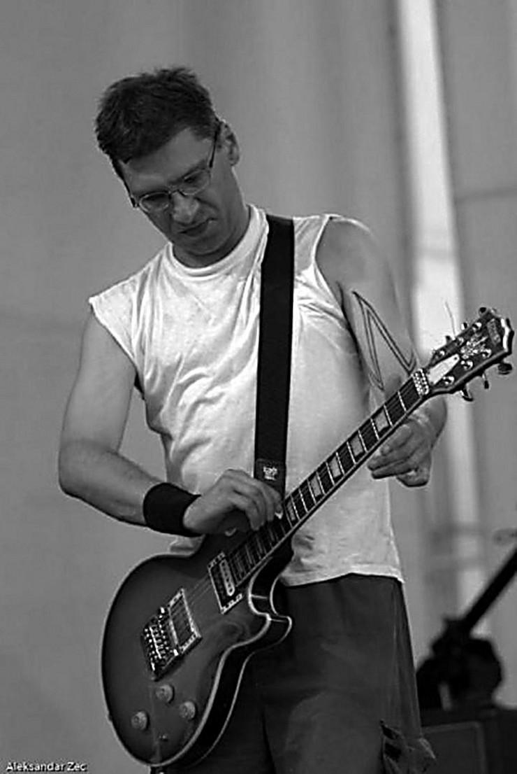 Predrag Tosovic Pedja gitarista