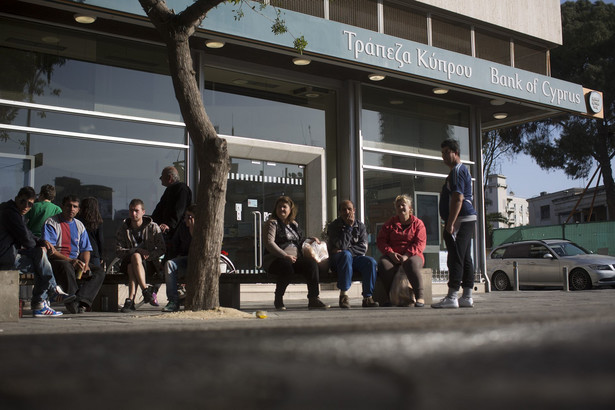 Cypr: Banki zamknięte.