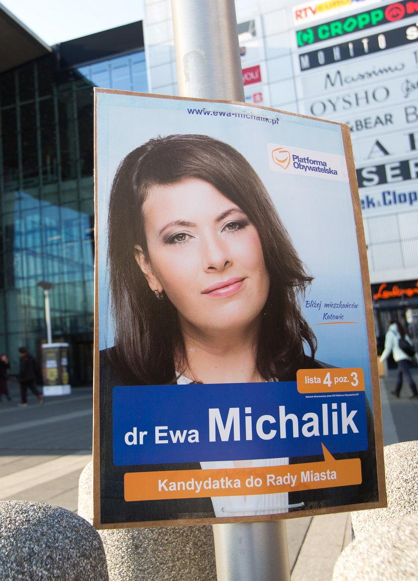 Plakaty na ulicach Katowic