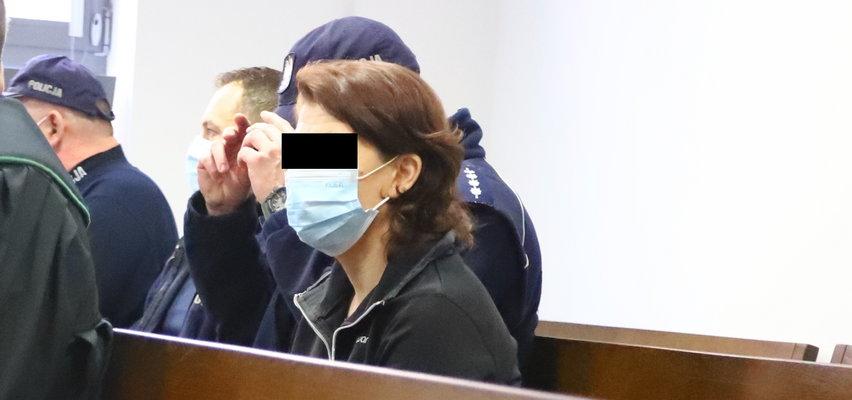 Koszmar pod Lublinem. Matka patrzyła, jak syn gwałci nastolatkę