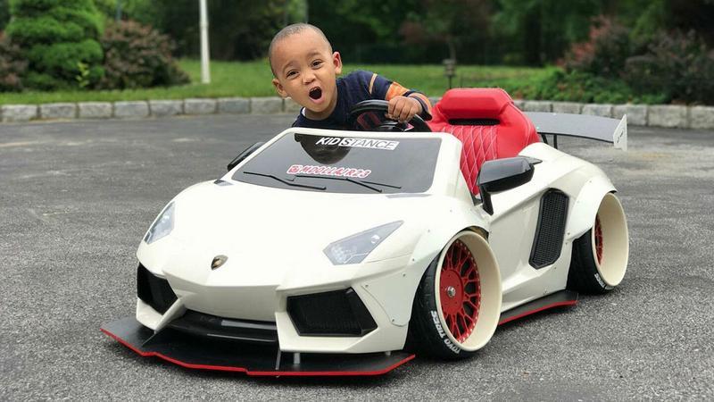 Auta dla dzieci w dorosłym stylu