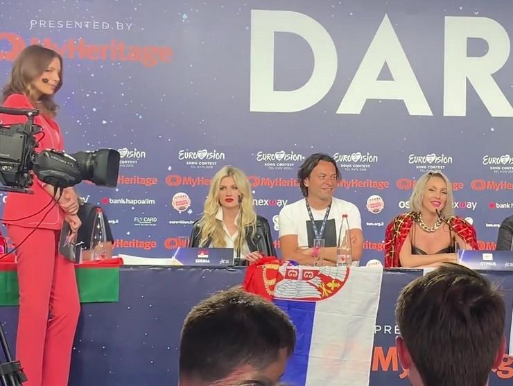 """""""PONOSNA SAM"""" Nevena se oglasila nakon prolaska u finale Evrovizije, ove reči će Srbija dobro upamtiti"""