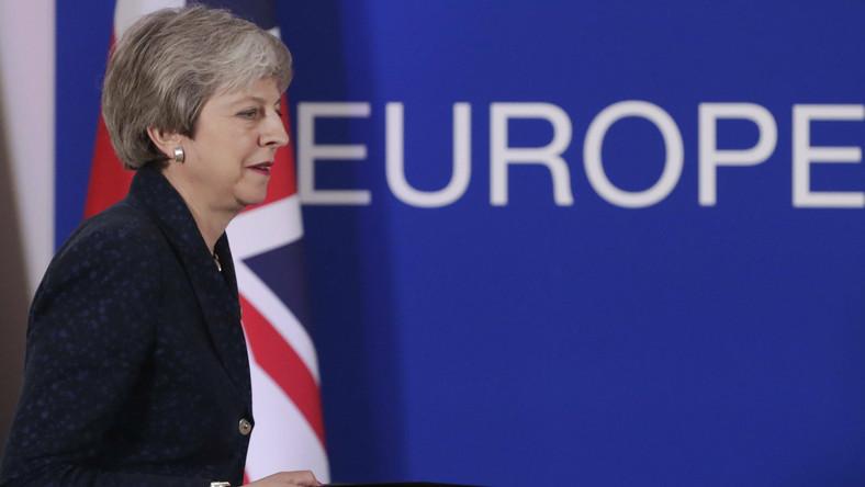 Brexit odłożony. Wielka Brytania i Theresa May dostali ostatnią szansę na uporządkowany rozwód [KOMENTARZ]