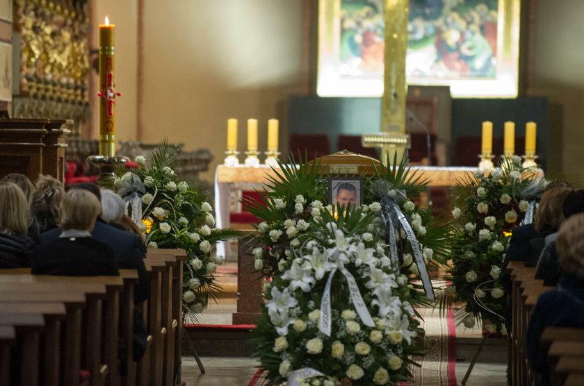 Pogrzeb Adama zabitego na pasach