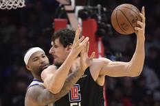 OVO TREBA DA PLAŠI CELU NBA LIGU Boban Marjanović zaigrao u meču za istoriju /VIDEO/