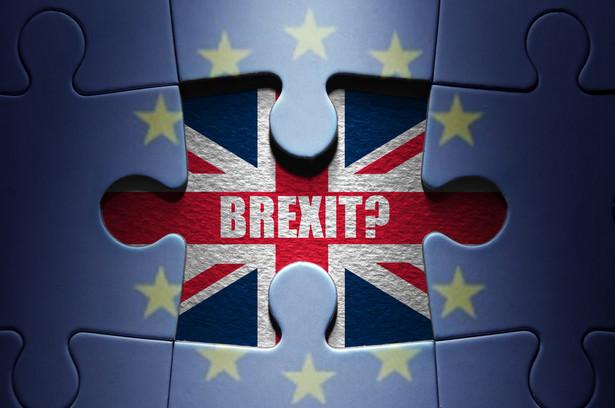 Procedura rusza, gdy państwo członkowskie zgłosi zamiar opuszczenia Unii Europejskiej