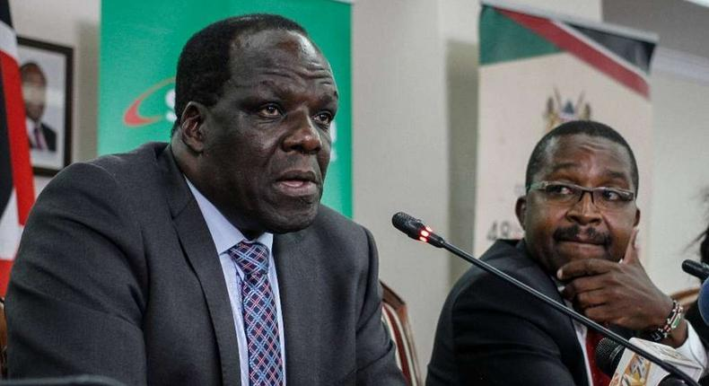 Chairman council of Governors Wycliffe Oparanya with his vice chairman Mwangi wa Iria during a presser