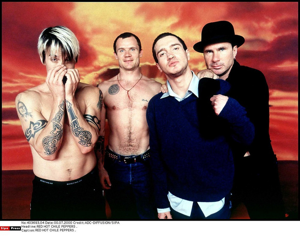 "3. Red Hot Chili Peppers – ""You Always Sing"": 19 sekund"
