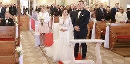 """Zobaczcie, kto śpiewał na ślubie Ani i Grześka z """"Rolnika"""""""