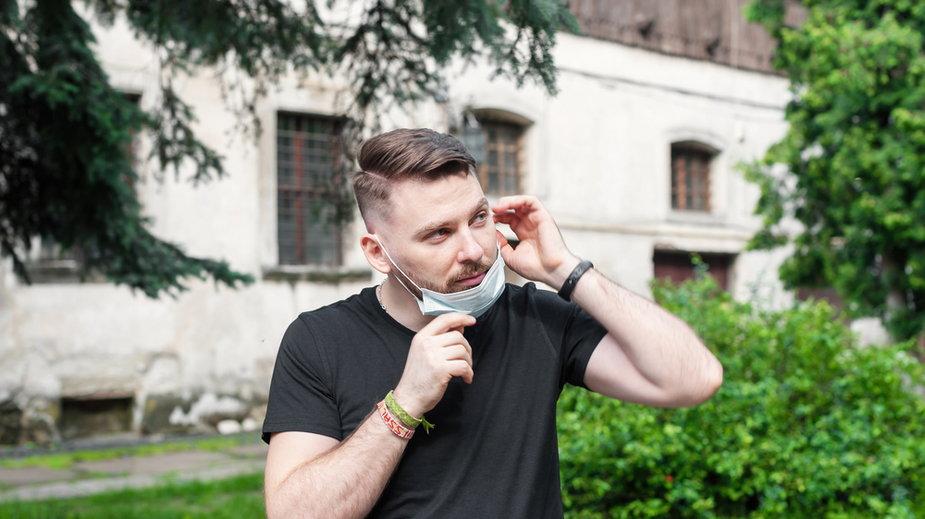 Wielu Polaków jest zbyt optymistycznie nastawionych, jeśli chodzi o pandemię