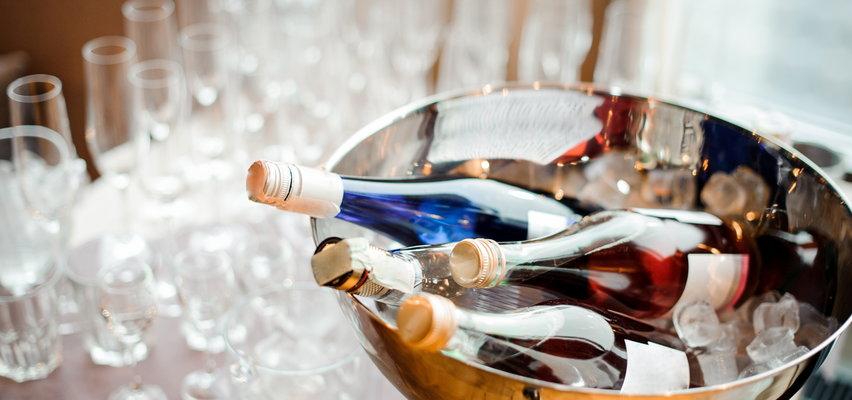 Jaka ilość alkoholu szkodzi naszemu mózgowi? Najnowsze badania nie pozostawiają złudzeń
