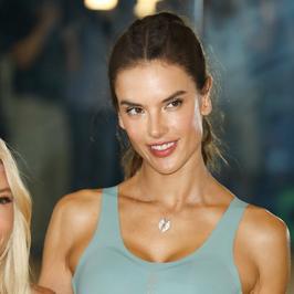 Alessandra Ambrosio kusi ciałem w sportowym stroju. Ależ ona ma figurę!