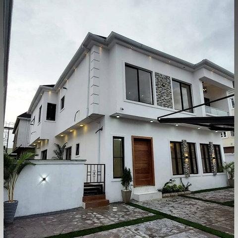 Naira Marley's new home [LindaIkeji]