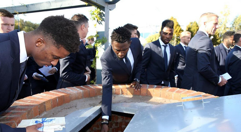 Super Eagles stars Wilfred Ndidi and Kelechi Iheanacho pay tribute to late Leicester City owner Vichai at the new memorial garden