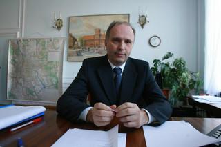 Premier powołał Andrzeja Jakubiaka na przewodniczącego KNF