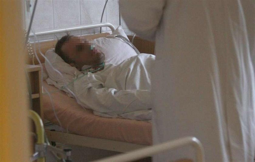 Gwóźdź wbił mu się w serce. Wypadek w Świtętochłowicach. W serce wbil mu się gwóźdź. Mężczyzna z gwoździem w sercu