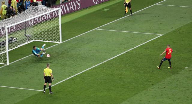 Igor Akinfejev je zaustavio udarac Kokea u penal seriji
