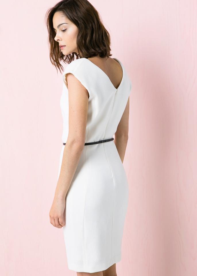 Sukienki dla trzydziestolatek - do pracy