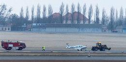 Samolot lądował bez podwozia, a nie było tam kpt. Wrony