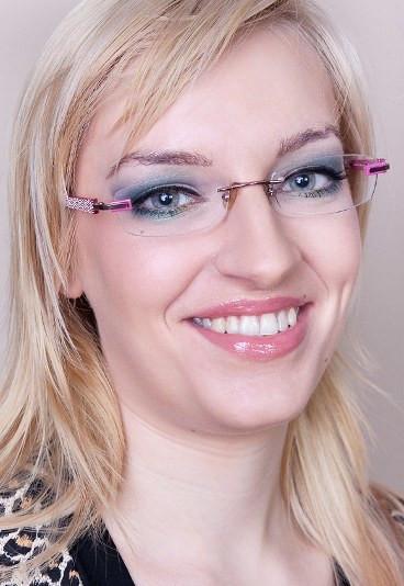 Szkoła Makijażu Lekcja 19 Makijaż Okularnicy