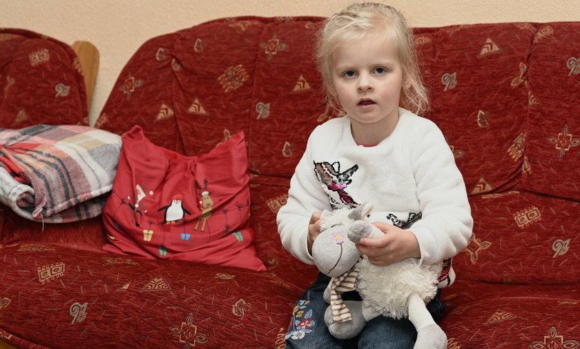 Wiktoria ma 3 lata. Cierpi na rzadką chorobę serca