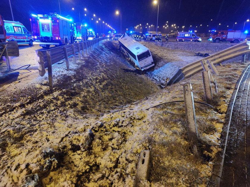Wypadek autokaru na A4