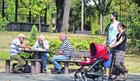 """Neki penzioneri neće dobiti 5.000 dinara, a neki od Nove godine mogu da """"ostanu"""" i BEZ CELE PENZIJE"""