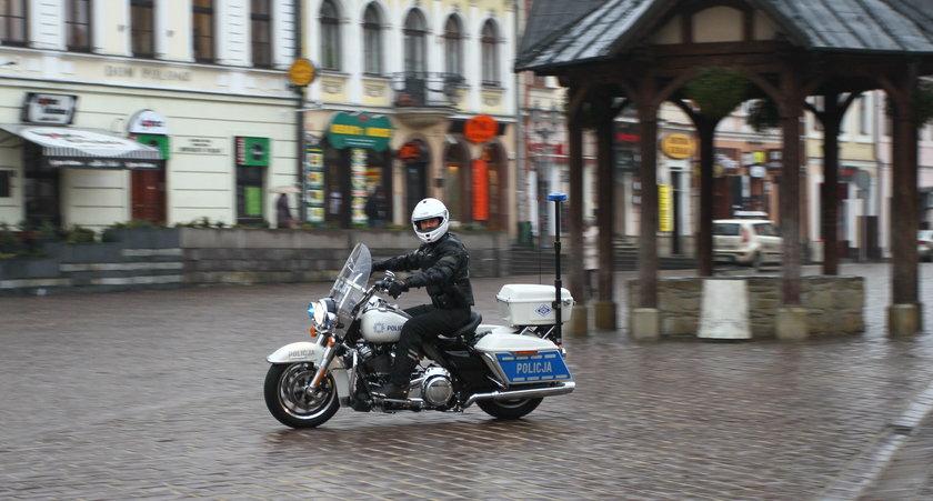 Policjanci na harleyu