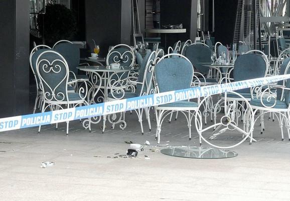 I policajci su se nalazili u bašti istog restorana u kome se zločin dogodio