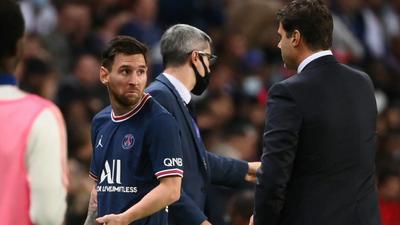 Pochettino plays down decision to take off Messi in PSG win