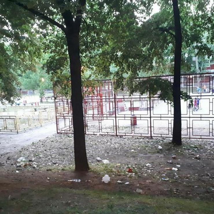 smeće otpad park novi beograd blok 33